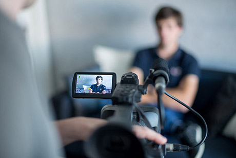 Faites témoigner vos clients en vidéo
