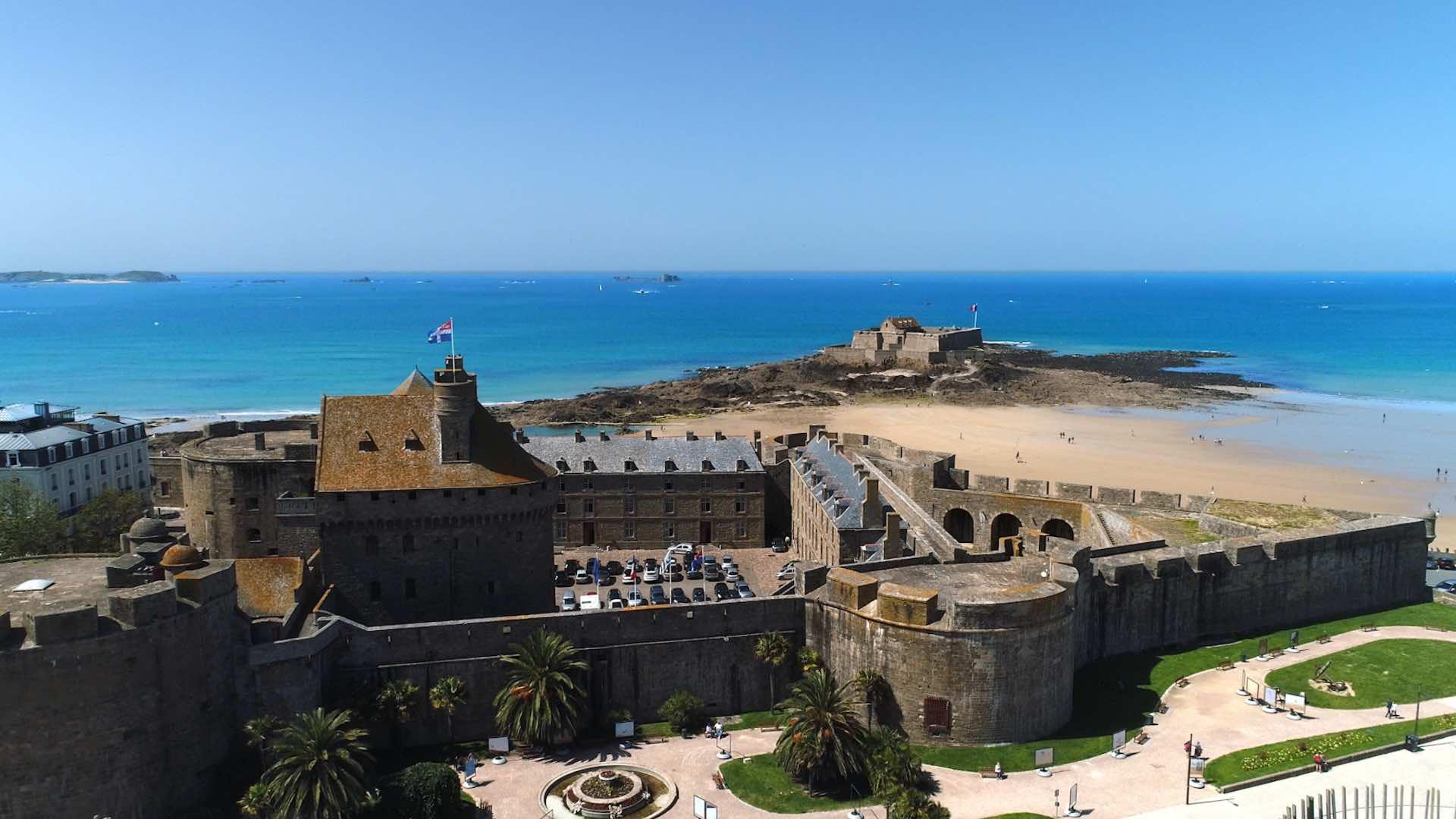 Vue aérienne de St Malo
